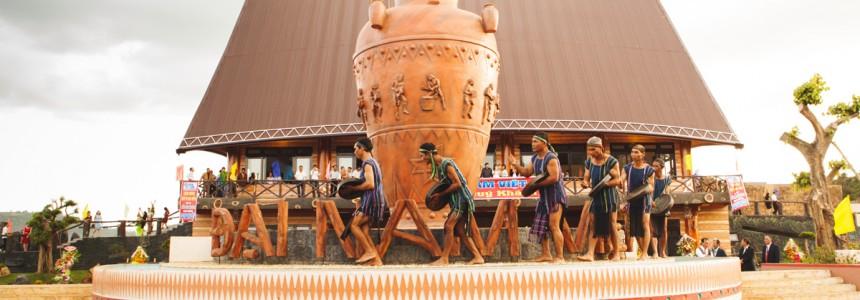 Lễ khánh thành nhà Rông Đại Nam Việt